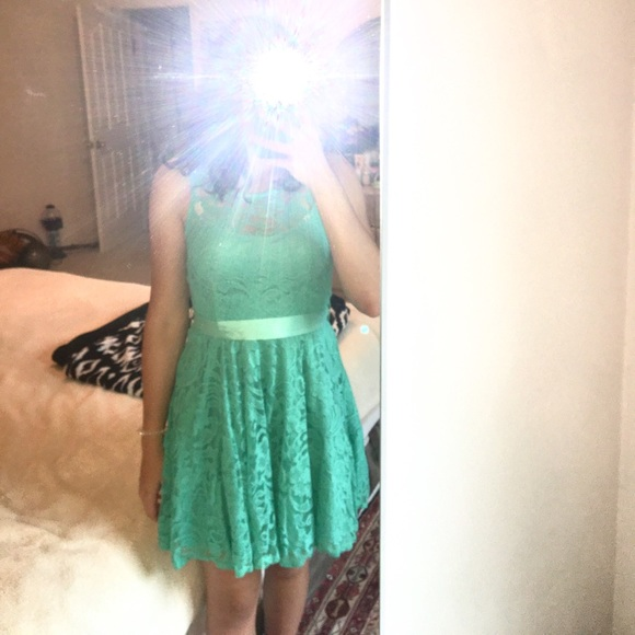 La Scala Dresses & Skirts - semi-formal dress